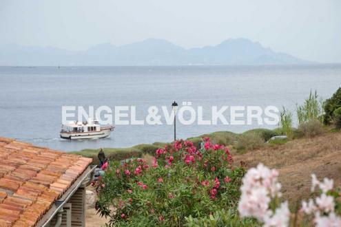 Luxury Villa for sale SAINT TROPEZ, 107 m², 2 Bedrooms, €3075000