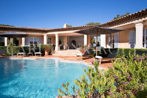 Maison de luxe à louer SAINT TROPEZ, 320 m², 4 Chambres,