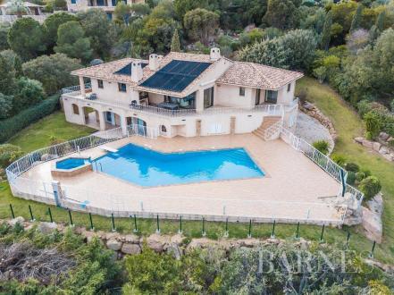Дом класса люкс на продажу  Порто-Веккио, 400 м², 3350000€