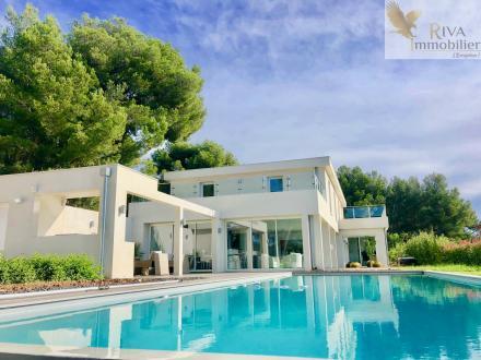 Luxus-Haus zu verkaufen SANARY SUR MER, 360 m², 7 Schlafzimmer, 2300000€