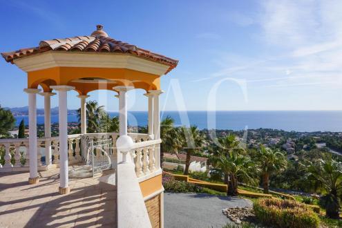 Villa de luxe à vendre LES ISSAMBRES, 750 m², 8 Chambres