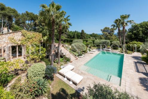 Maison de luxe à louer SAINT PAUL, 350 m², 4 Chambres,