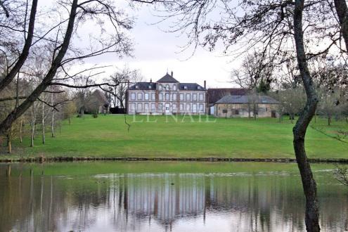 Castello/Maniero di lusso in vendita L'AIGLE, 320 m², 7 Camere, 990000€