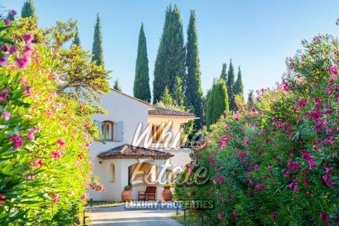 Luxus-Haus zu verkaufen GRASSE, 250 m², 5 Schlafzimmer, 1095000€