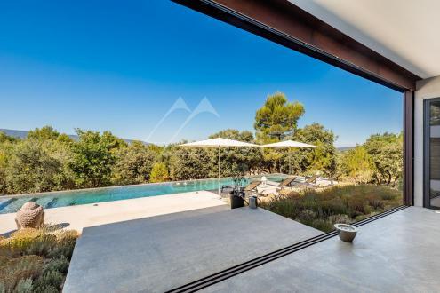 Дом класса люкс на продажу  Горд, 258 м², 3 Спальни, 1850000€