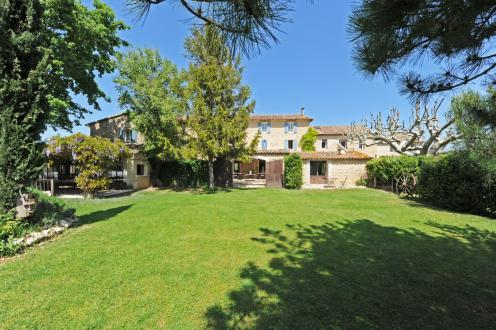 Casa di lusso in vendita LAGNES, 870 m², 17 Camere, 1995000€