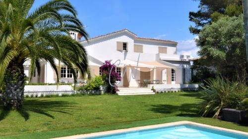Maison de luxe à vendre SAINT RAPHAEL, 320 m², 5 Chambres, 1280000€