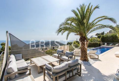 Вилла класса люкс на продажу  Вильфранш-Сюр-Мер, 280 м², 4 Спальни, 5900000€