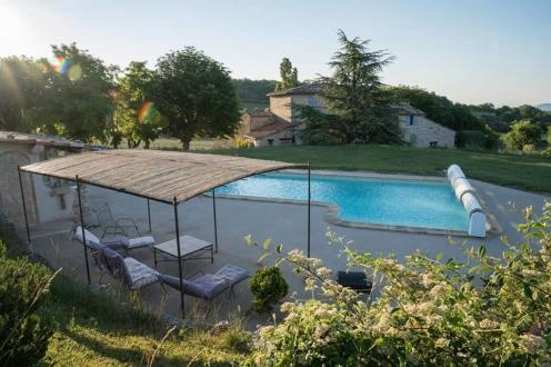 Casa di lusso in vendita VACHERES, 290 m², 7 Camere, 795000€