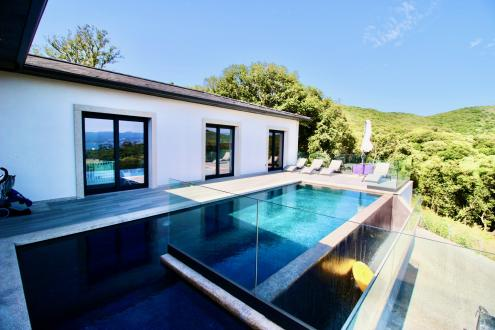 Maison de luxe à vendre ALATA, 190 m², 5 Chambres, 1100000€