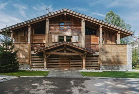 Chalet de luxe à louer MEGEVE, 340 m², 6 Chambres,