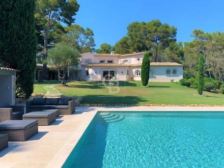 Villa de luxe à vendre MOUGINS, 570 m², 8 Chambres, 5900000€