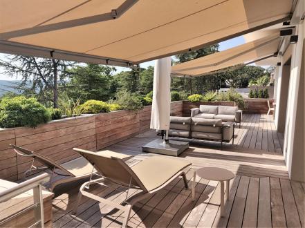 Maison de luxe à vendre VILLENEUVE LES AVIGNON, 200 m², 3 Chambres