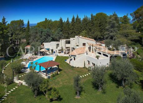 Luxury House for rent MOUGINS, 550 m², 6 Bedrooms,