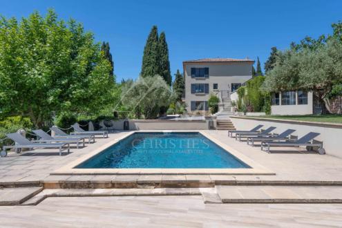 Дом класса люкс на продажу  Экс-Ан-Прованс, 340 м², 5 Спальни, 3300000€