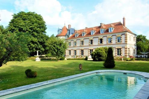 Château / Manoir de luxe à vendre COULOMMIERS, 480 m², 8 Chambres, 1680000€
