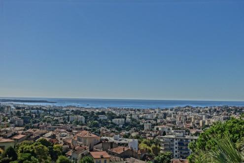Luxus-Wohnung zu verkaufen LE CANNET, 99 m², 745000€