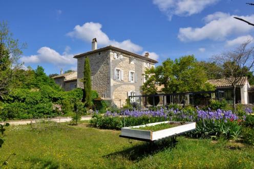 Maison de luxe à vendre GRIGNAN, 329 m², 5 Chambres, 1480000€