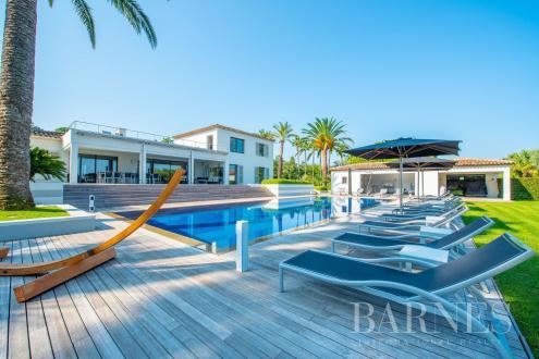 Maison de luxe à louer SAINT TROPEZ, 750 m², 8 Chambres,