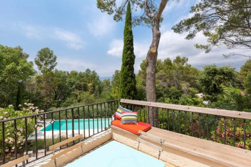 Luxury House for rent MOUGINS, 210 m², 4 Bedrooms,
