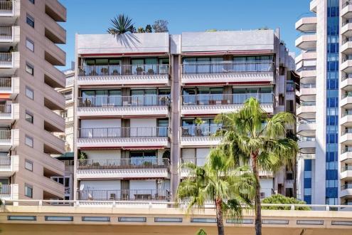 Квартира класса люкс на продажу  Монако, 2 Спальни, 5300000€