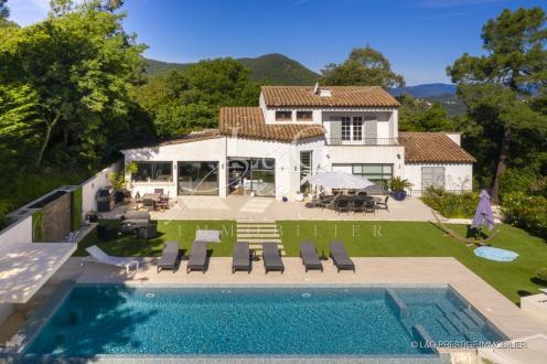 Villa de luxe à vendre MANDELIEU LA NAPOULE, 200 m², 3 Chambres, 1430000€