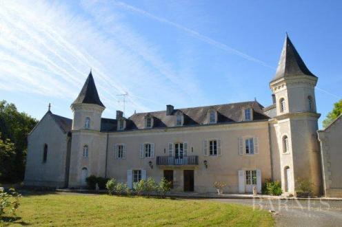 Château / Manoir de luxe à vendre POITIERS, 440 m², 5 Chambres, 1007000€
