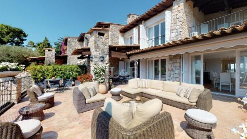 Appartement de luxe à vendre MOUGINS, 173 m², 5 Chambres, 1250000€
