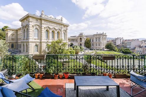 Immeuble de luxe à vendre MARSEILLE, 837 m², 3650000€
