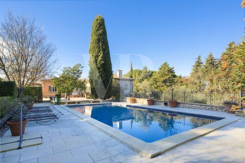 Maison de luxe à vendre SAINT REMY DE PROVENCE, 400 m², 5 Chambres, 1550000€