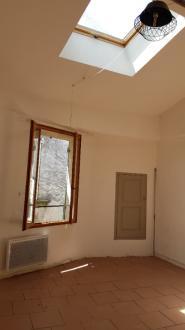 Luxus-Wohnung zu vermieten FORCALQUIER, 26 m², 1 Schlafzimmer, 400€/monat