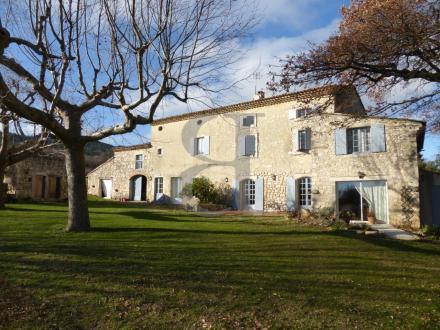 Maison de luxe à vendre MONTELIMAR, 400 m², 6 Chambres, 875000€