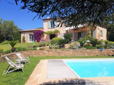 Villa de luxe à vendre CAVALAIRE SUR MER, 220 m², 5 Chambres, 2090000€