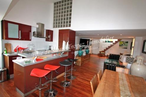 Luxus-Haus zu verkaufen SAINT TROPEZ, 380 m², 3 Schlafzimmer, 4240000€