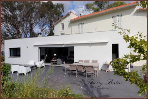 Maison de luxe à vendre SAINT RAPHAEL, 176 m², 5 Chambres, 1300000€