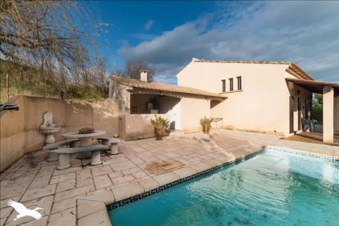 Maison de luxe à vendre PEZENAS, 240 m², 5 Chambres, 656260€