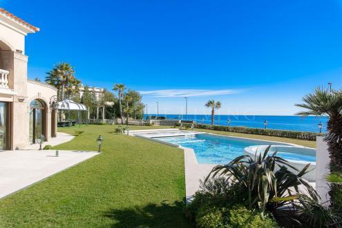 Maison de luxe à vendre CAP D'ANTIBES, 684 m², 7 Chambres, 28800000€