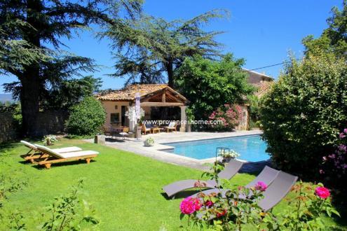 Propriété de luxe à vendre OPPEDE, 270 m², 6 Chambres, 1340000€