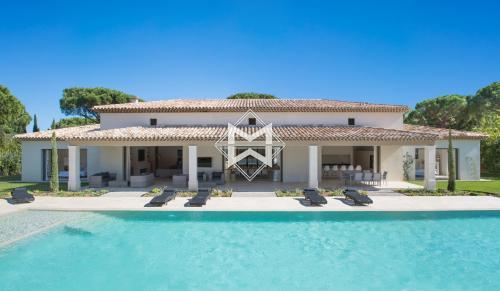Luxus-Haus zu vermieten SAINT TROPEZ, 540 m², 5 Schlafzimmer,