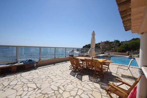 Villa de luxe à vendre LES ISSAMBRES, 230 m², 5 Chambres, 1980000€