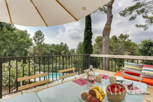 Luxury House for rent MOUGINS, 180 m², 4 Bedrooms,