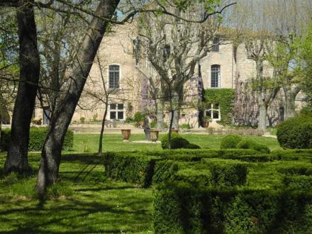 Luxe Kasteel/landhuis te koop NIMES, 900 m², 1942000€