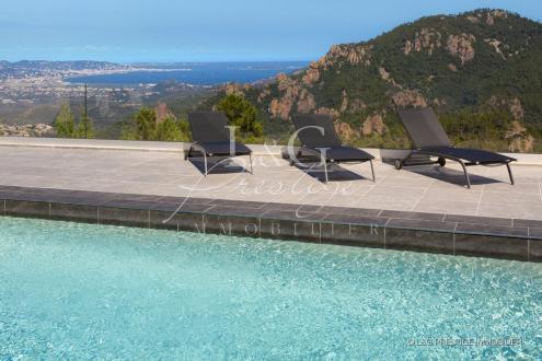 Villa de luxe à vendre MANDELIEU LA NAPOULE, 200 m², 4 Chambres, 1490000€