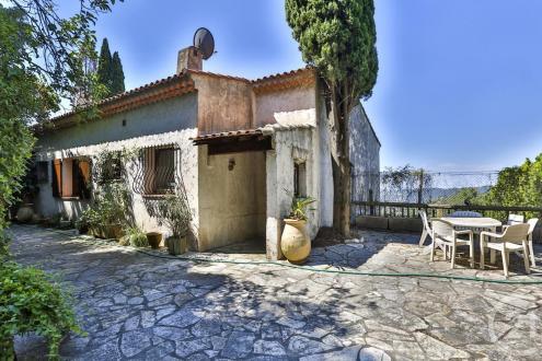 Casa di lusso in vendita Nizza, 220 m², 6 Camere, 690000€