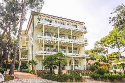 Casa di lusso in vendita ROQUEBRUNE CAP MARTIN, 500 m², 10 Camere, 4800000€
