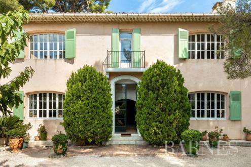 Maison de luxe à vendre MARSEILLE, 340 m², 5 Chambres, 1720000€