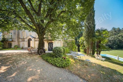 Château / Manoir de luxe à vendre BARJAC, 800 m², 9 Chambres, 1275000€