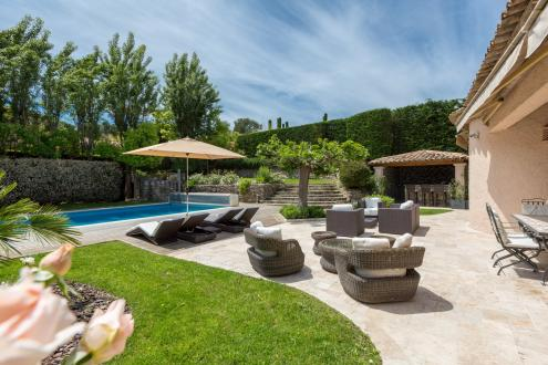 Luxury House for rent MOUGINS, 272 m², 5 Bedrooms,