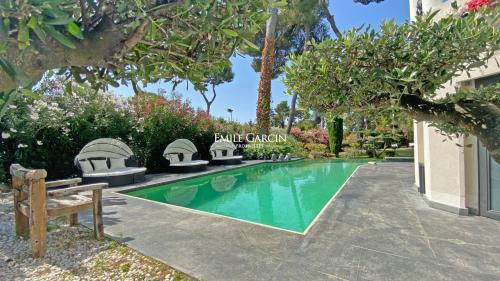 Casa di lusso in affito CAP D'ANTIBES, 220 m², 4 Camere,