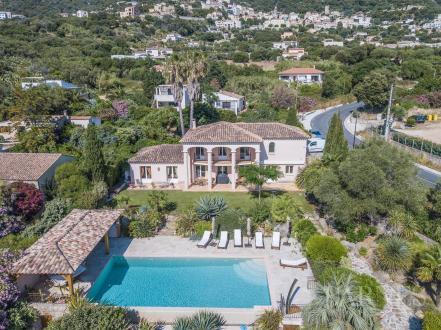 Propriété de luxe à vendre LUMIO, 189 m², 5 Chambres, 1575000€